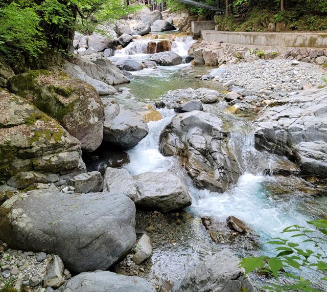 千樽の滝、上流