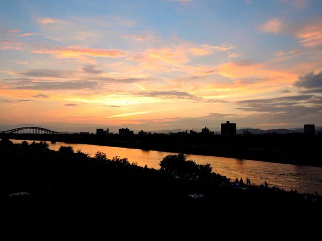 夕日の忠節橋