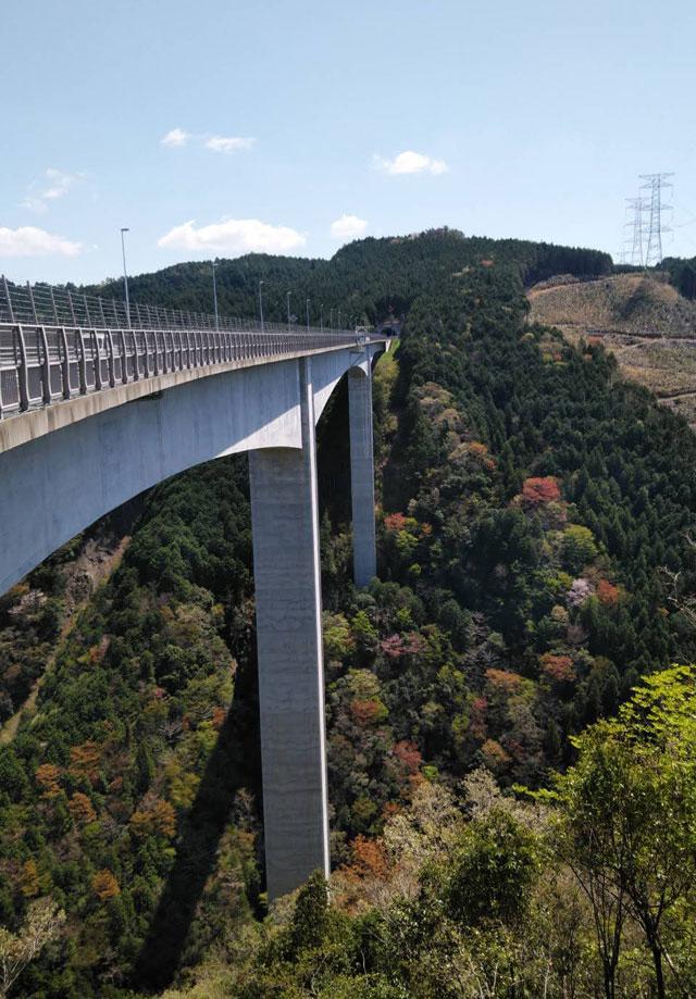 新旅足橋(しんたびそこばし)好きな岐阜の橋ランキング4位