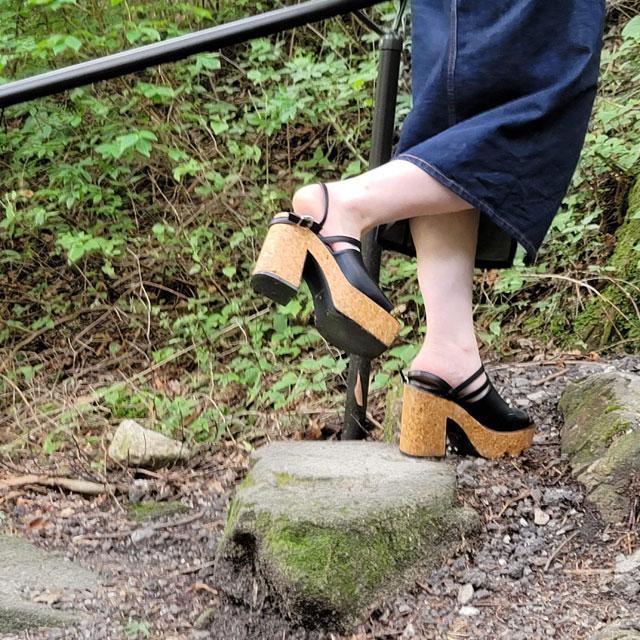 映え重視の娘は、こんなの履いていった